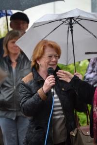 Jeanette Kemmler wurde in Frankreich geboren. Die Familie war dorthin aus Angst vor politischer Verfolgung emigriert.