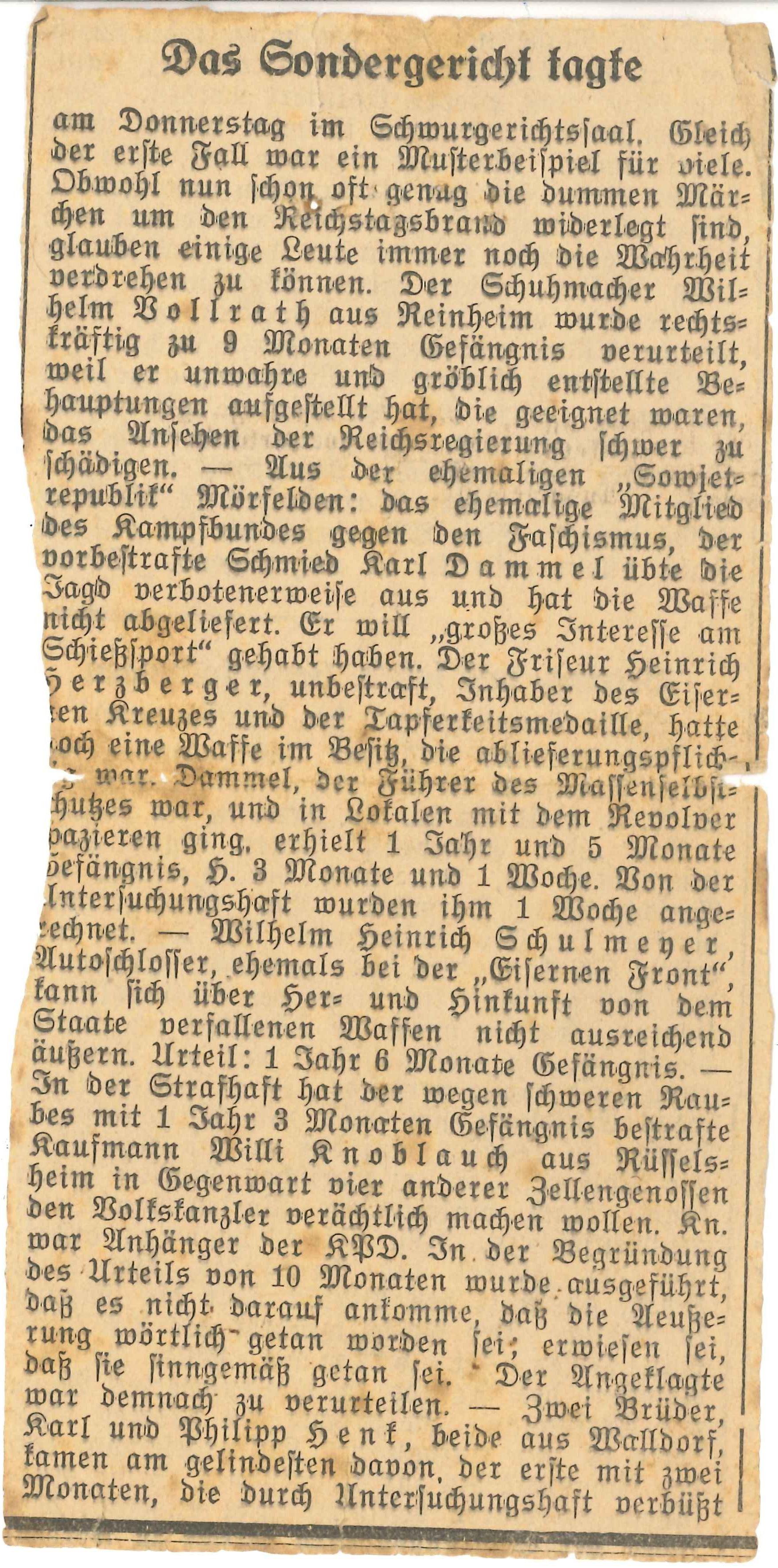 Tafel 3 Foto  4 Zeitungsausschnitt Sondergericht tagte Original Mus. Mö